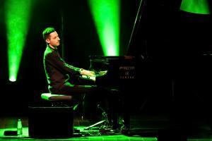 peter-bence-foto-concerto-bologna-06-12-2018-8